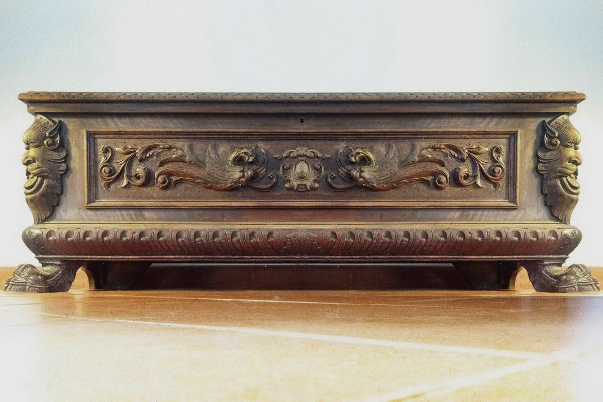 Roma mobili antichi rinascimento for Mobili 800 italiano